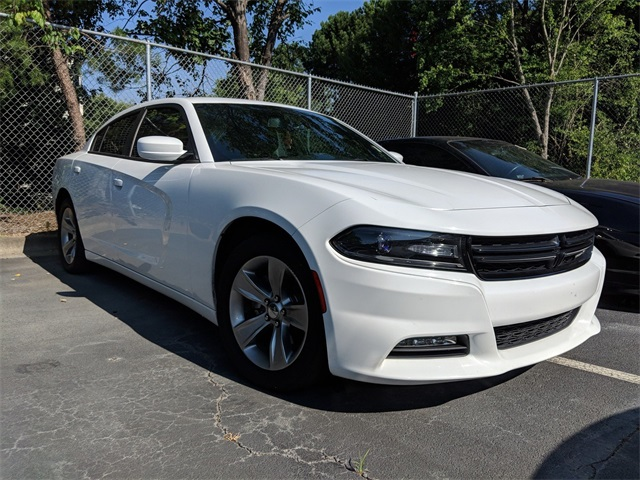 2017 Dodge Charger >> Pre Owned 2017 Dodge Charger Sxt 4d Sedan In Lithia Springs 588938a
