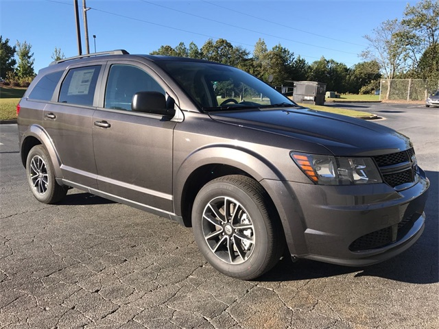 2018 dodge journey se. delighful dodge new 2018 dodge journey se with dodge journey se